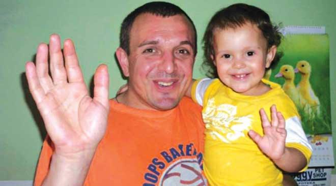 Una Savić - Otac poklonio višak od 120.000€