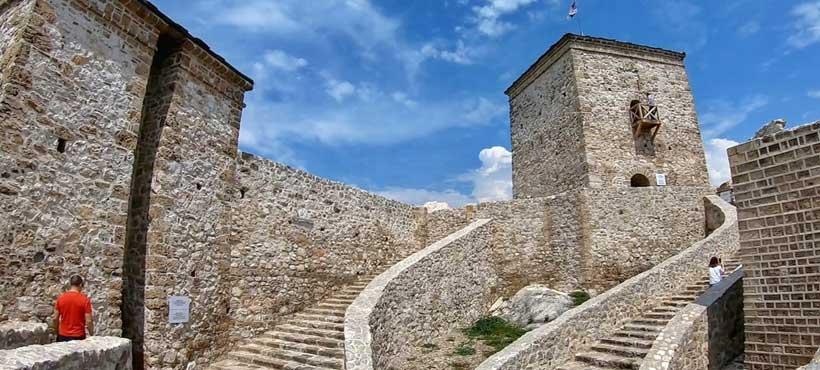 Piroška tvrđava