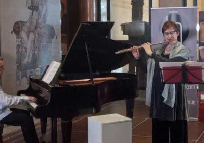 Flautistkinja Stana Krstajić i pijanista Uki Ovaskainen